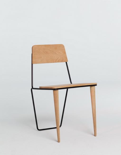 moromou-krzeslo-holmes